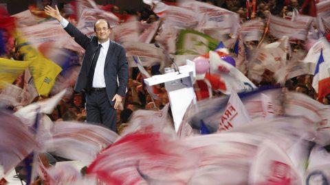 François Hollande met en garde ses troupes contre «les sondages qui nous proclameraient élus»